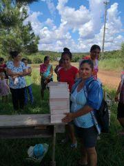 Entrega de insumos en la comunidad de Oga Itá - Alto Verá